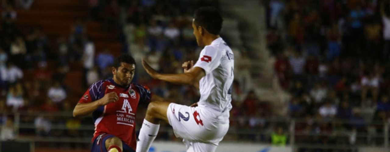 En el Sergio León de Chávez de Irapuato, Altamira superó 2-0 a los 'freseros'. Las anotaciones de la escuadra tamaulipeca fueron obra de César Rosario Morales y Hugo Rodríguez.