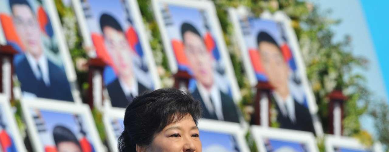 La presidenta surcoreana, Park Geun-hye, ordena al Ejército \