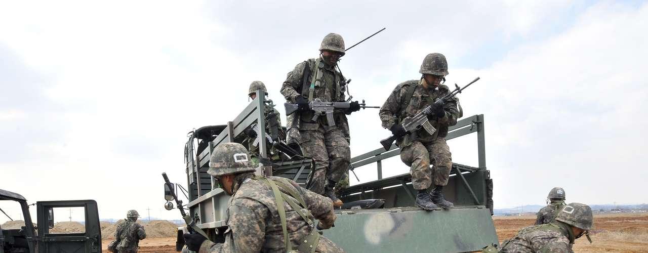 25 de marzo de 2013 - Corea del Sur y Estados Unidos ponen en marcha un nuevo plan conjunto de defensa para responder al Norte.