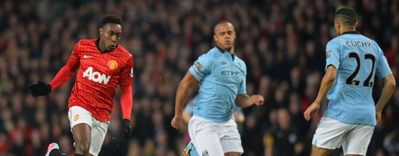 El Manchester City derrotó al United este lunes en Old Trafford gracias a un decisivo gol del delantero argentino Sergio Agüero, en el partido que cerraba la 32ª jornada de la liga inglesa.