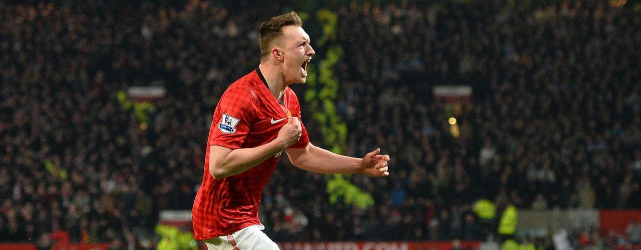 El City se había adelantado con un gol de su centrocampista James Milner (51) y el United empató poco después con un gol en contra del defensa belga Vincent Kompany (51).
