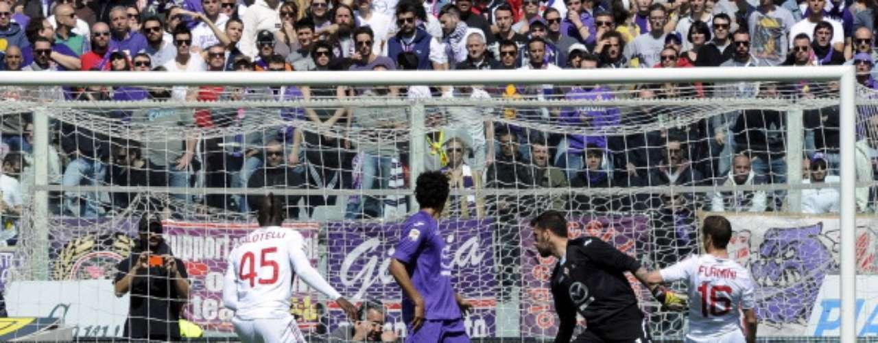Ya en acciones dominicales,Fiorentina y Milan replicaron dicho resultado en el Artemio Franchi de Florencia.