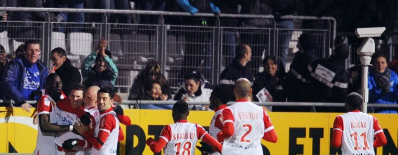 Nancy consiguió una valiosa victoria 1-0 sobre Troyes, para tomar distancia y buscar su salvación.