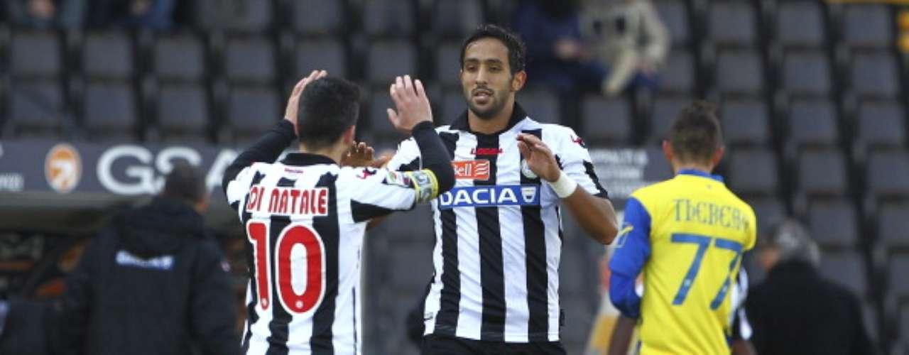 Con dos goles de su estrella, Antonio di Natale, Udinese superó 3-1 al Chievo.
