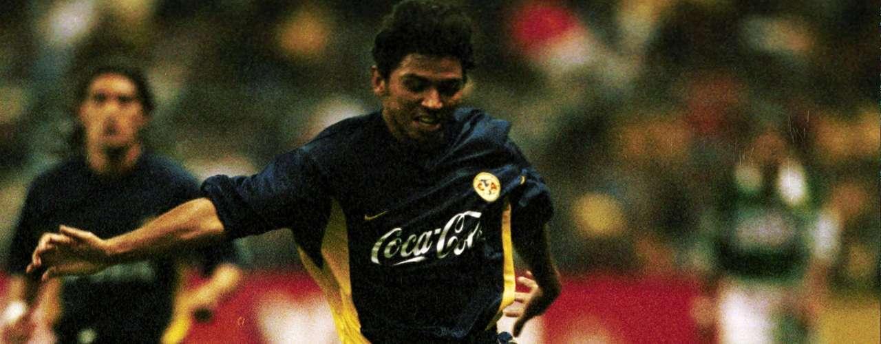 Franky Oviedo marcó el segundo y cerró la cuenta en la victoria de las Águilas 4-1 sobre León, para avanzar a la semifinal, donde fueron eliminadas por Pachuca.
