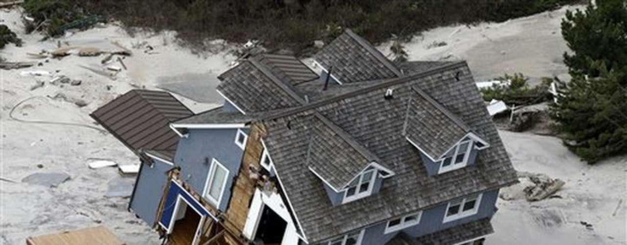 Los meteorólogos aclararon que los números muchas veces no dicen mucho, porque basta que un solo huracán impacte una zona para que genere desastre, y ningún pronóstico puede precisar exactamente en dónde golpeará el fenómeno.