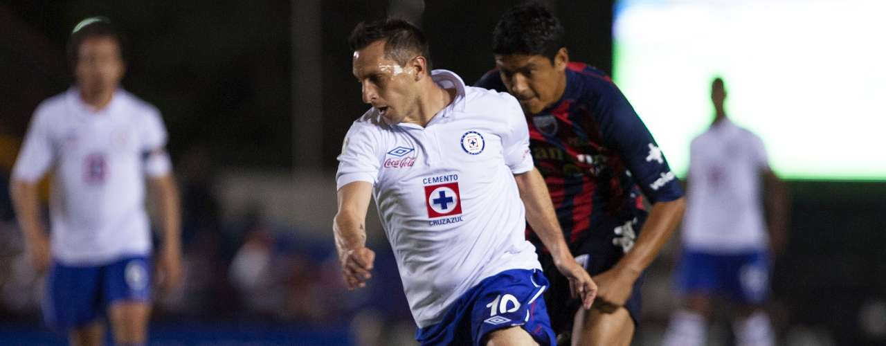 Itis the first ittle for Cruz Azul since winning the Summer 1997 league titleon a Carlos Hermosillo penalty kick.