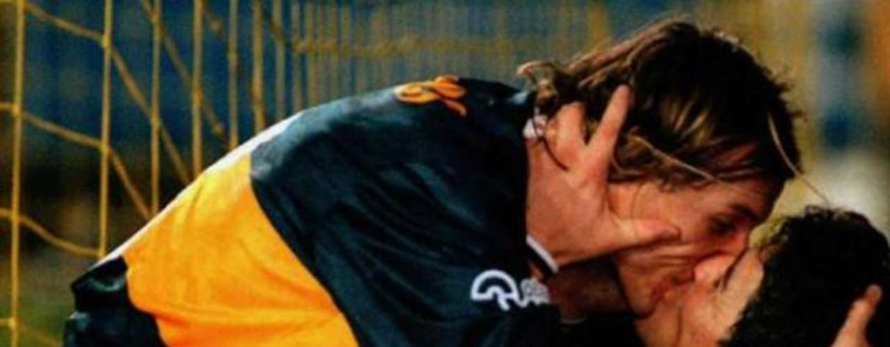 One of the most infamous goal celebrations of all time was between Claudio Caniggia and Diego Armando Maradona in La Bombonera, when they gave each other a passionate kiss during an Argentinean league game. The celebration was after sealing a victory in the clasico against River Plate in 1996.