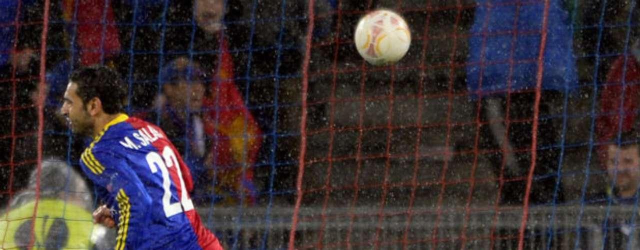 El Basilea eliminó este jueves al Tottenham en la vuelta de cuartos de final de la Europa League y pasa a semifinales, al imponerse en la tanda de penales tras empatar 2-2 en Suiza, el mismo resultado que en la ida en Inglaterra.