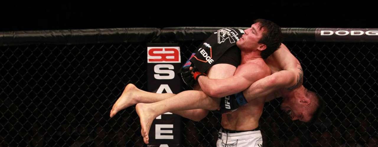 El próximo 27 de abril, la UFC tendrá una gran pelea por el título de los semipesados, cuando se enfrenten Jon Jones ante Chael Sonnen.