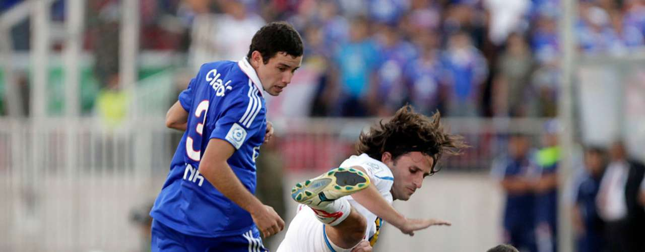 EUGENIO MENA Y GUSTAVO LORENZETTI: Sus cláusulas de salida se activan en junio y por ambos el club ha recibido ofertas.