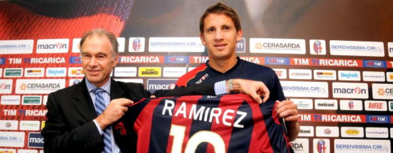 En 2010 fue traspasado al Bologna, donde también jugó un par de campañas.