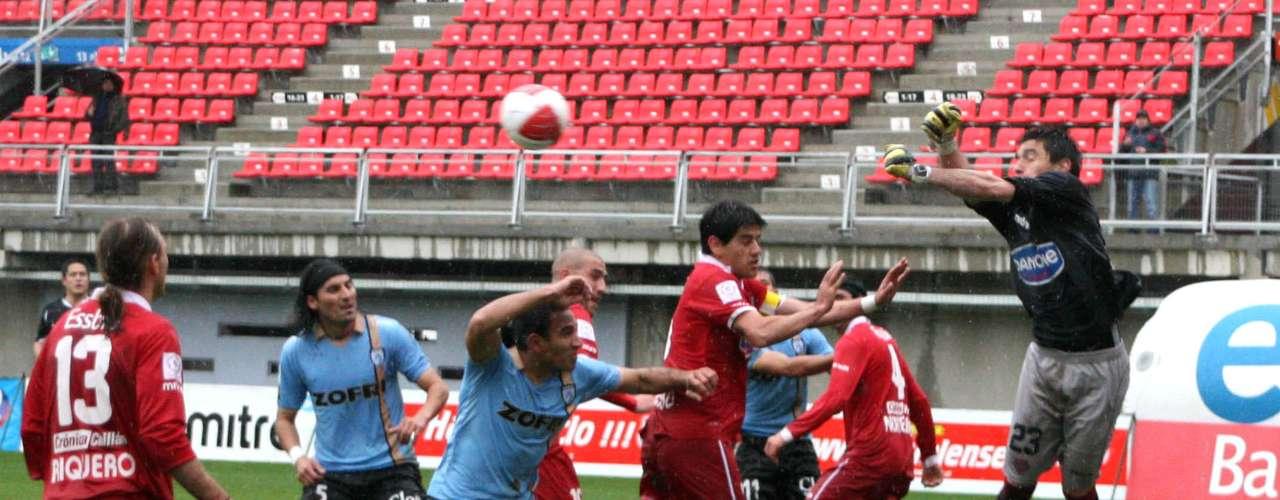 A las 22 horas se cierra un sábado cargado de fútbol, con el lance entre Deportes Iquique y Ñublense en el Estadio Tierra de Campeones.