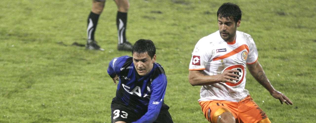 El telón de la fecha 12 lo bajará el campeón Huachipato ante Cobresal, a las 18:30 horas en el Estadio CAP de Talcahuano.