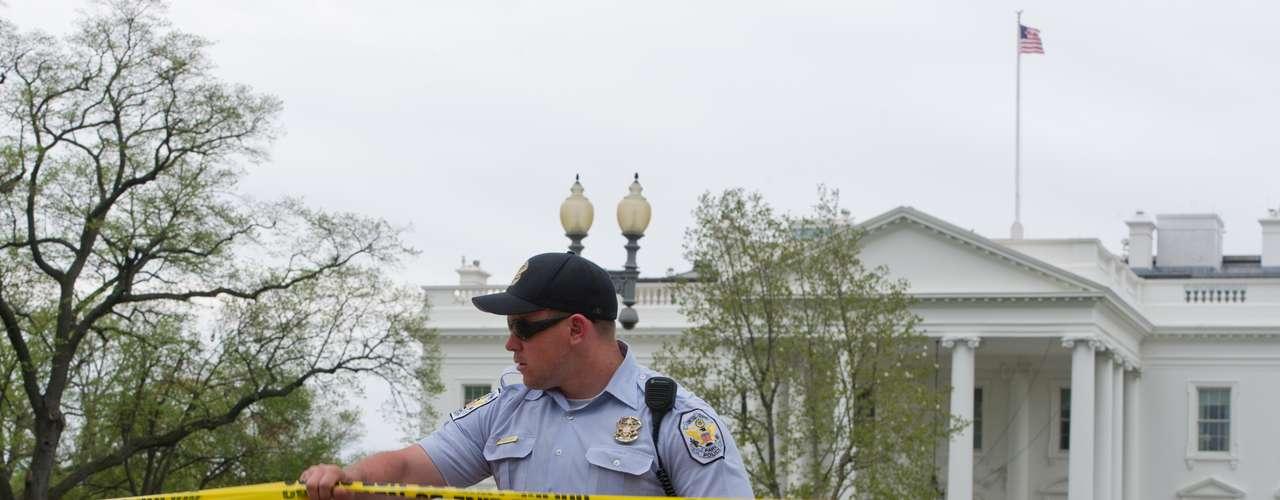 Luego de las explosiones registradas durante el maratón de Boston, medios de comunicación afirman que se ha activado la alerta antiterrorista en Boston Nueva York y Washington.