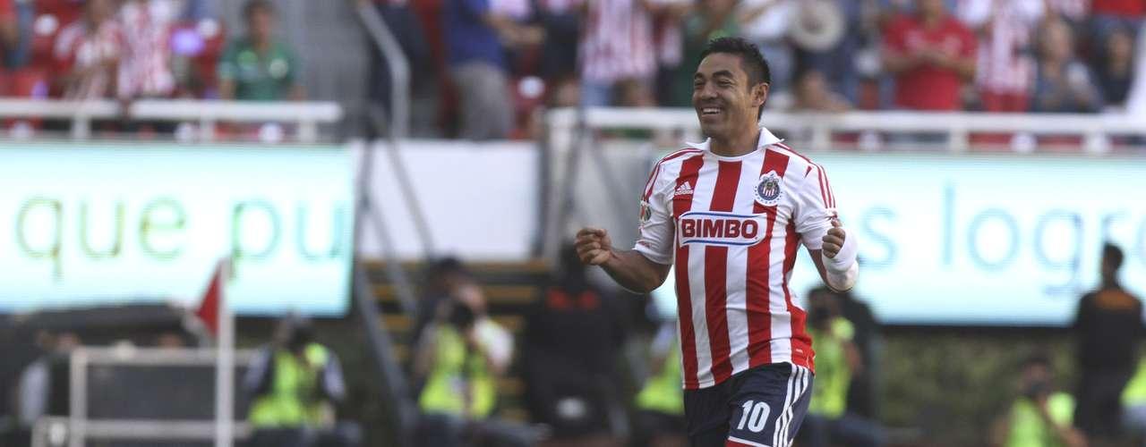 El top ten lo cierra Marco Fabián de las Chivas, también con un sueldo anual de 1.5 mdd, pero su carta es de 9 millones de dólares