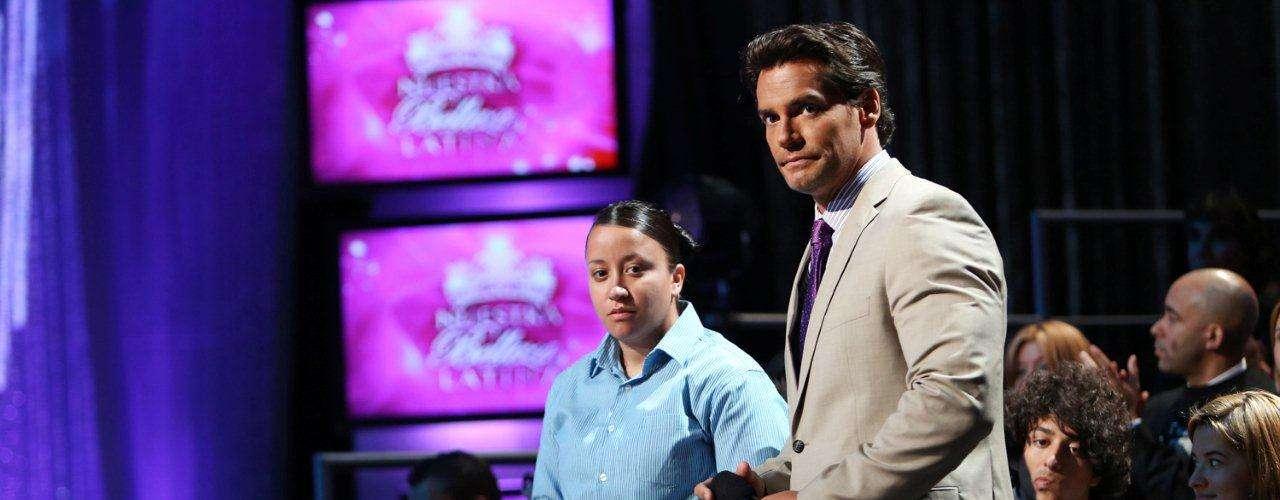 El prestigioso actor invitado también tuvo la oportunidad de estar en el escenario, con las chicas y compartiendo con el público, en especial conociendo a la pareja de Karina Hermosillo, Ruth Gómez.