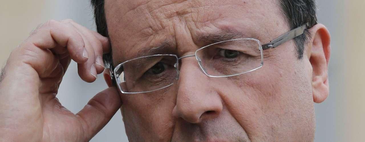 François Hollande, Presidente de la República. Hizo pública su declaración de bienes tras llegar al Elíseo, destacando el1,17 millones de euros en propiedades inmobiliarias.