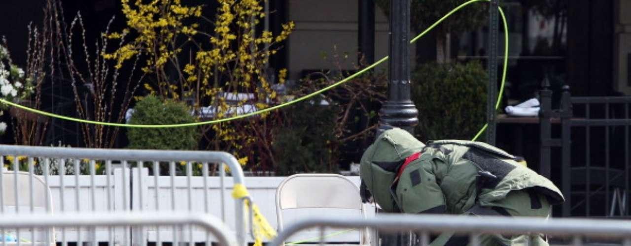 Agentes trabajaron para desmantelar otras bombas en Boston, aseguró una fuente policial. Además, los bomberos de Boston encontraron lo que creían fuera otro dispositivo sin detonar después de las explosiones que mataron a dos personas durante el Maratón celebrado en la ciudad.