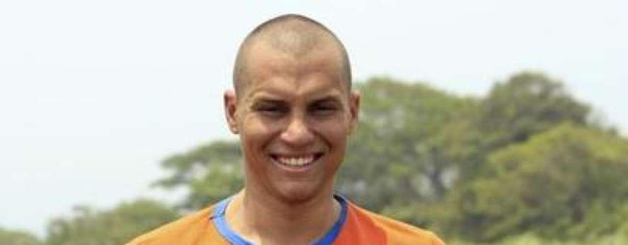 En el grupo de los Sobrevivientes, Martín Suarez, participante del 2012, estará de nuevo en el programa.