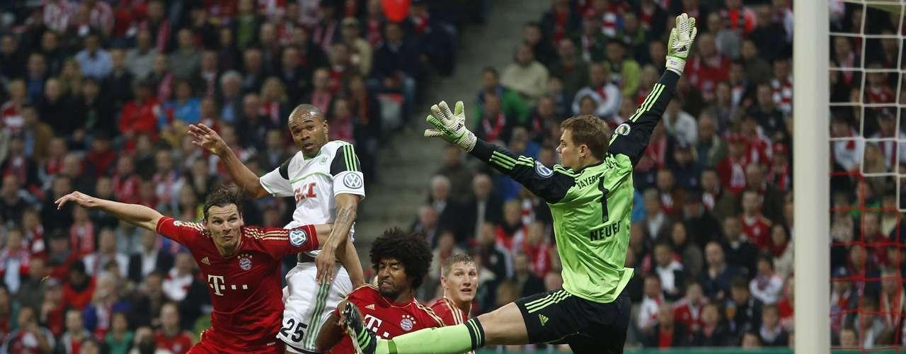 Bayern Munich ya espera al vencedor del duelo que disputarán el miércoles el Friburgo y el Stuttgart.