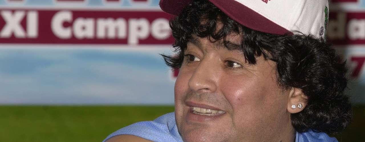Maradona es un ávido fanático del líder revolucionario marxista Ernesto \