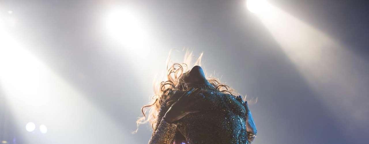 Ahora que Beyoncé fue capturada haciendo gestos bastante picantes durante el comienzo de su nueva gira mundial \