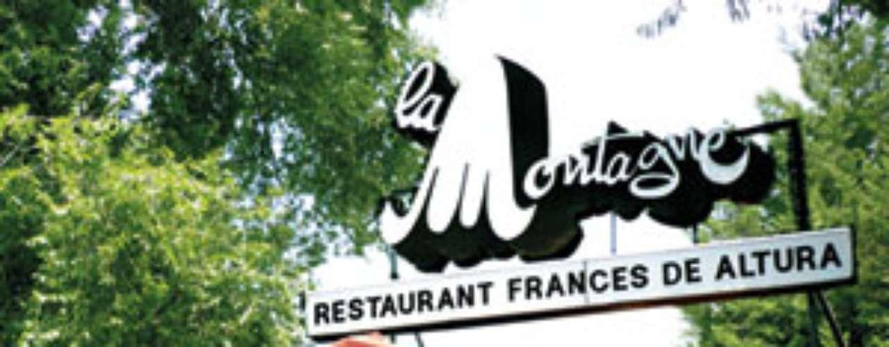 La Montagne. ¿Qué puede ser más romántico que un restaurante francés en la cima de una montaña? Nuestra recomendación: el pato en salsa de mango. Carr. Federal a Cuernavaca 7575, km 27, col. Santiago Tepalcatlalpan, del. Tlalpan. T. 5574 8088