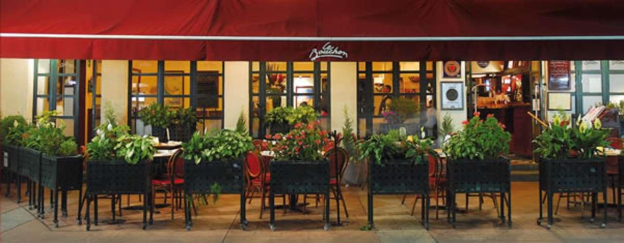 Le Bouchon. En este restaurante se sirve comida tradicional de la región de Lyon. Para compartir, pide la tarta crujiente de Portobello y queso de cabra. Nos encantan los escargots, carpaccios, filetes de ternera todo sabe exquisito. Actualmente se encuentra en remodelación; reabrirá en junio. Alejandro Dumas 83, col. Polanco, del. Miguel Hidalgo. T. 5281 7902
