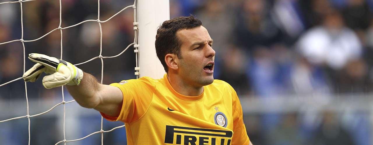 Handanovic, del Inter, podría reemplazar a Valdés.