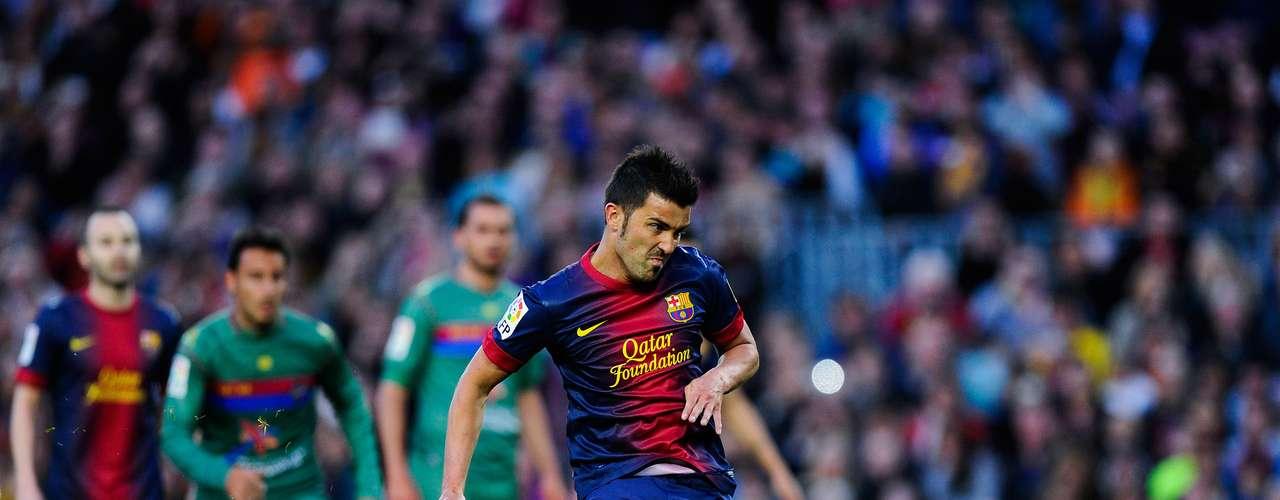 David Villa es otro que no ha rendido lo esperado en el Barcelona y podría ser traspasado.