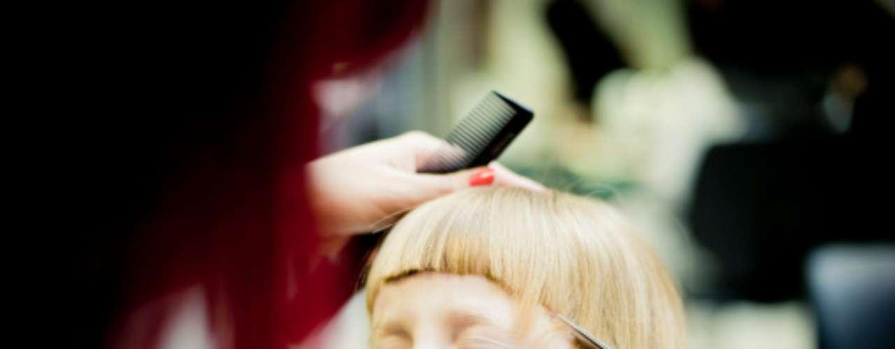Los flecos rectos son ideales para niñas con melena lacia y fina. Resaltan sus facciones y las hacen lucir divinas, ¡como muñecas!