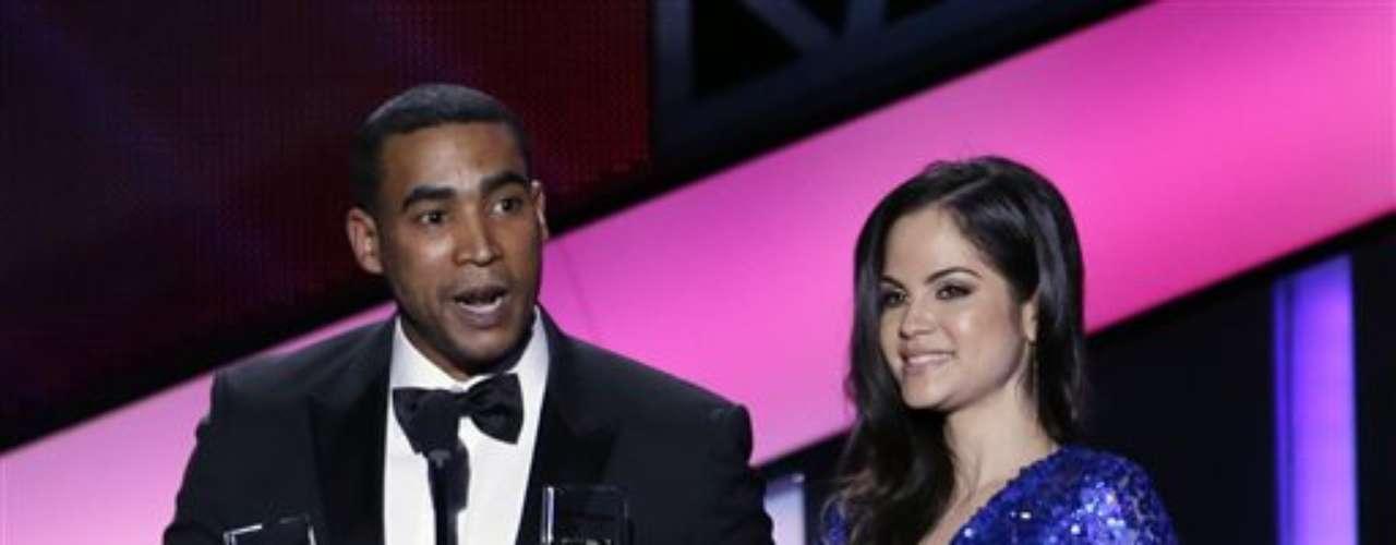 La estrella,dedicó sus premios a todos los que hacen música urbana y dio \