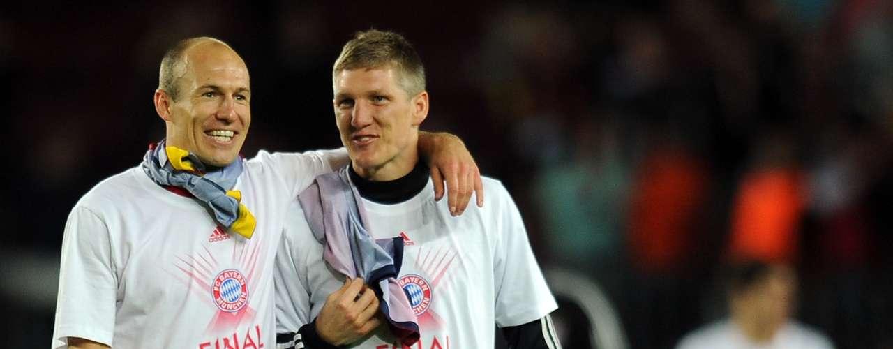Volviendo a los festejos, el Bayern demostró que estaba preparado para la fiesta, pues lucieron camisetas conmemorativas al final del juego.