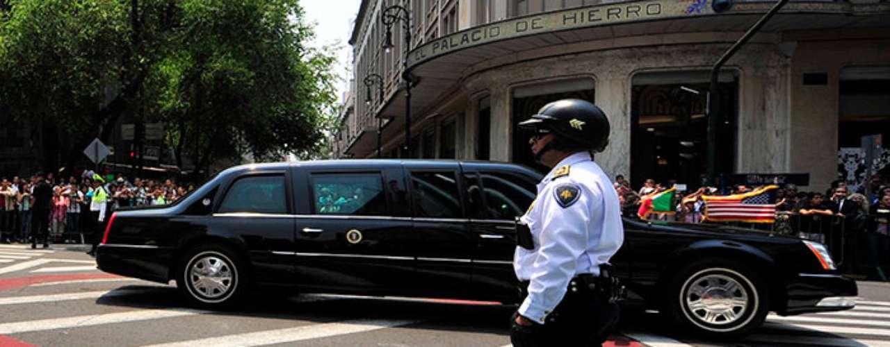 La Bestia es una limusina Cadillac que puede resistir ataques con disparos de cohetes, sus paredes están selladas y las puertas tienen un grosor de 20 centímetros.