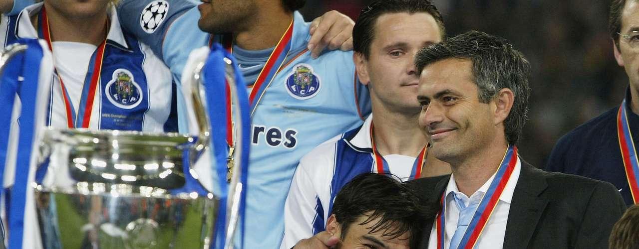 Con el segundo título de Champions League del Porto tambie´n comenzó la era de José Mourinho