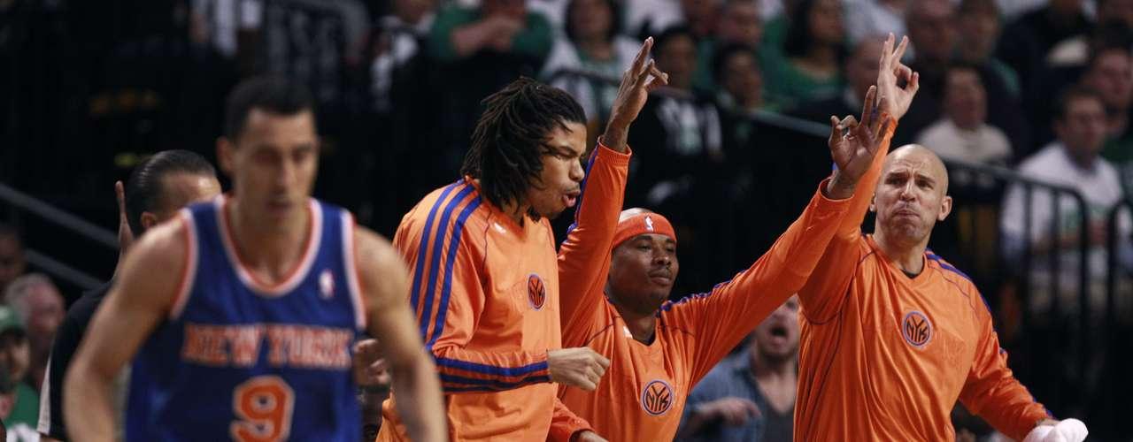 Los Knicks ganaron la serie 4-2 para conseguir su primer pase a unas semifinales del Este desde 2000.