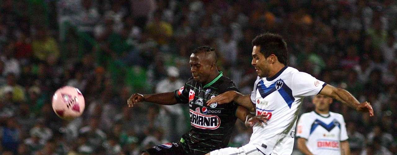 En la 13, los 'Guerreros' cayeron en Torreón ante Monterrey (1-2) y se despachó con el de la 'honra' local.