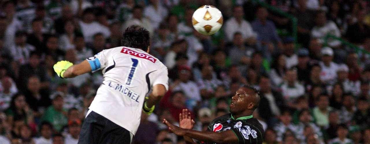 En la 15, Santos empató 1-1 ante Chivas y volvió a aparecer.