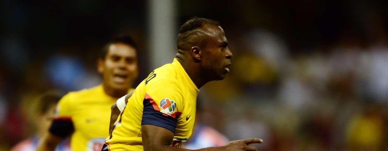 En la quinta jornada, liquidó al Querétaro en el estadio Aztecacon un penalti 'polémico' (3-0).