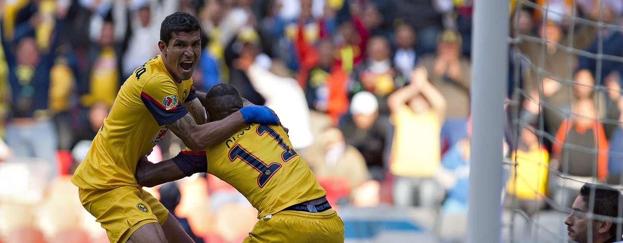 Luego de tres semanas sin marcar, Benítez se desquitó en la Fecha 9 y Cruz Azul pagó \