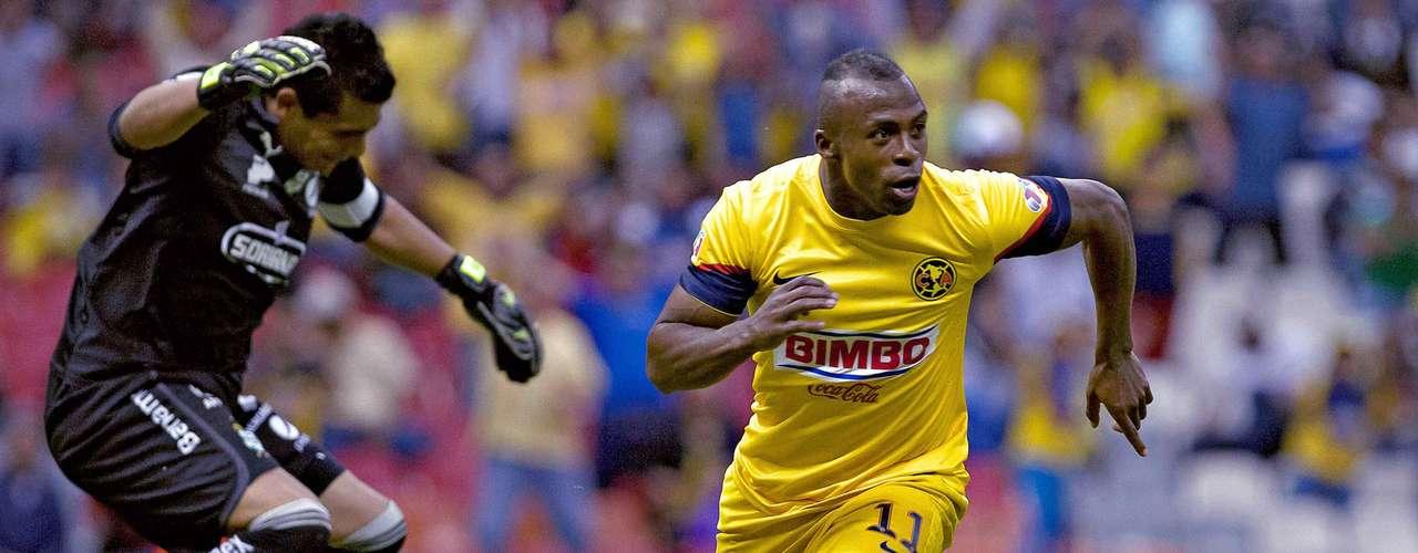 En la ocho,volvió a 'atender' a su ex club (Santos) y firmó una anotación en el 2-0 del América.