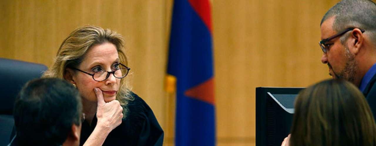 los fiscales, Arias se enojó porque Travis intentaba poner fin a su ...