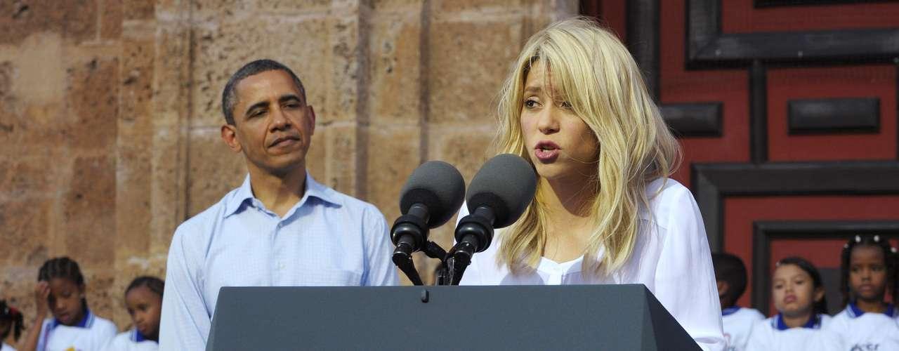 En octubre de 2011, el presidente estadounidense Barack Obama la nombró asesora de la Comisión para la Excelencia Educativa de los hispanos.