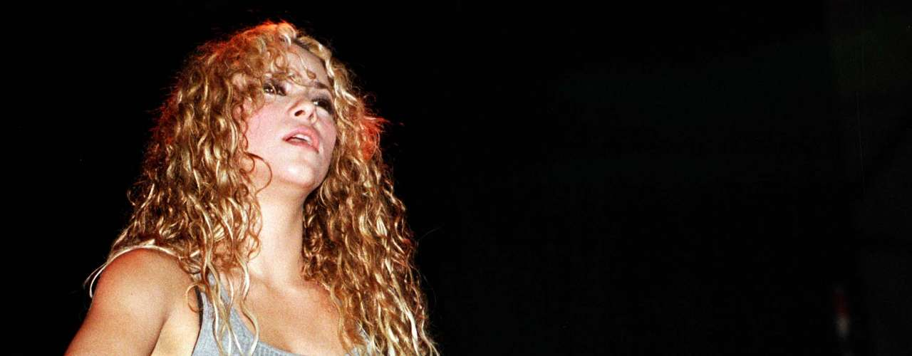 Debido al éxito del álbum, Shakira fue invitada por MTV en 1999 para producir su primer disco en vivo, titulado 'MTV Unplugged'.