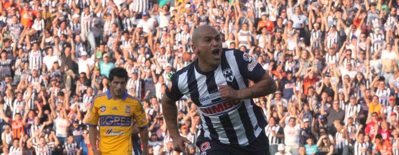 Rayados y Tigres dieron inicio a los Cuartos de Final de la Liguilla del Clausura 2013 y Monterrey se llevó el triunfo 1-0 en el Tec