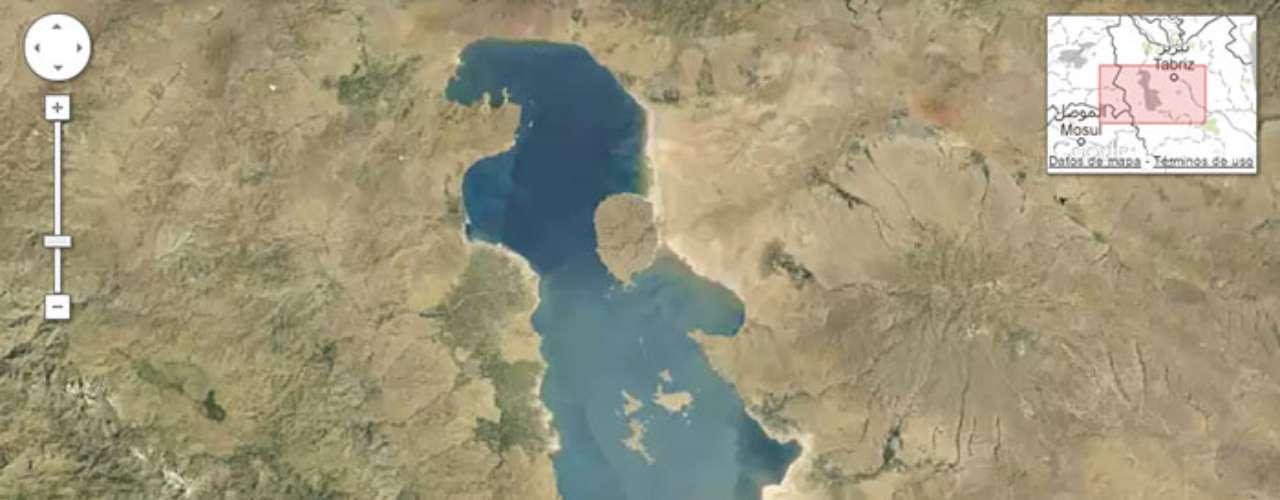 La casi total desaparición del lago Urmia.