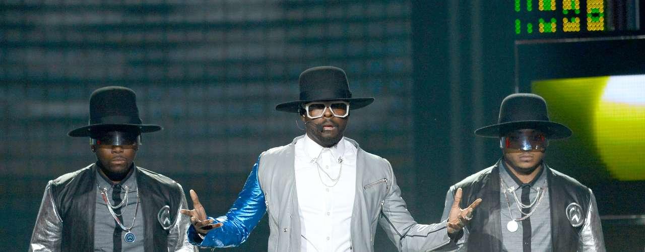 Will.I.Am y Justin Bieber causaron sensación al ritmo de \