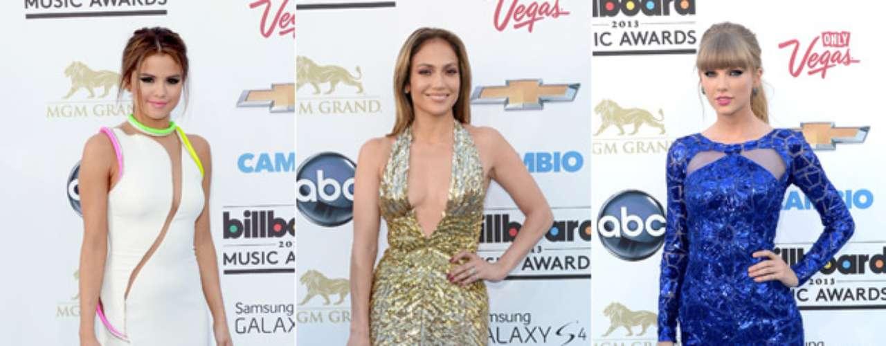 Los artistas se dieron cita en Las Vegas para los Billboard Music Awards 2013. Este año la alfombra fue azul y por ella desfilaron los artistas y famosos más hot del momento. Desde las más bellas y elegantes hasta los más estrafalarios y 'ridículos'. ¡No te pierdas laalfombra azul de los Billboard Music Awards 2013!
