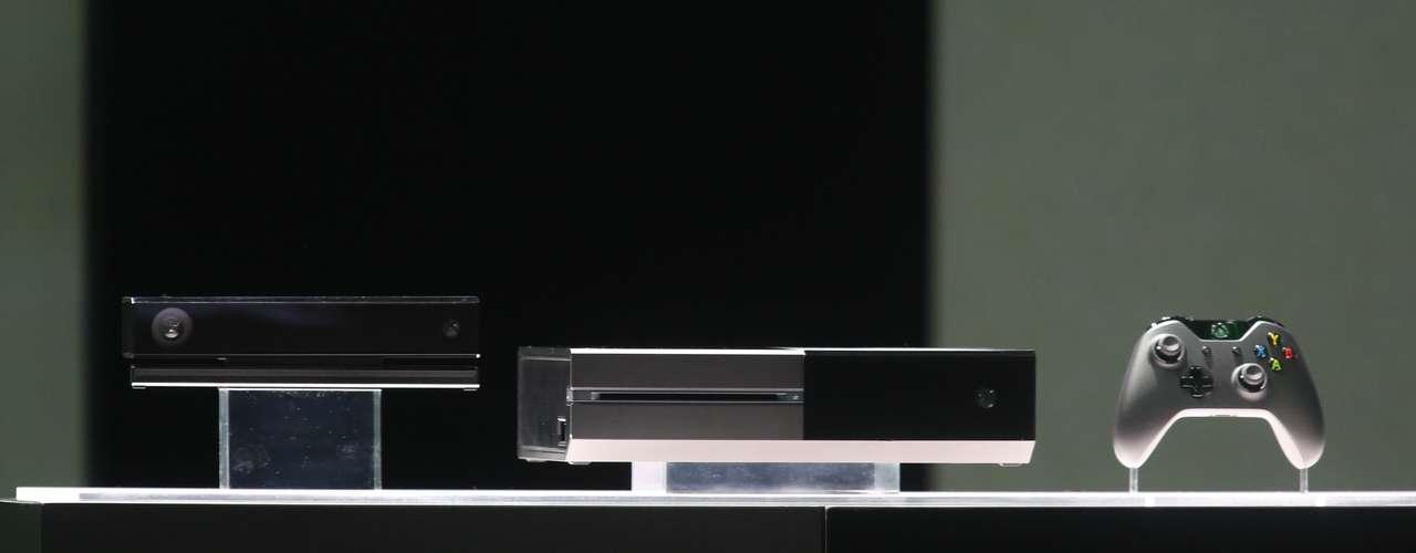 Otra de las características especiales de la nueva generación de consolas de Microsoft es Snap, que permitirá a los usuarios realizar dos cosas al mismo tiempo en la pantalla.